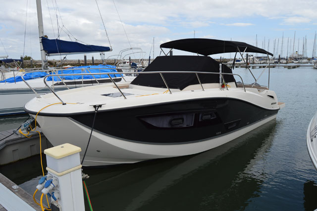 QUICK SILVER 875 Sundeck